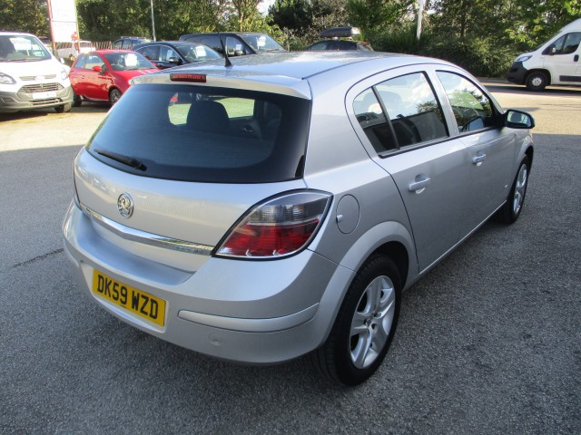 VAUXHALL ASTRA 1.7 ACTIVE CDTI 5DR