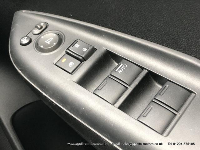 HONDA JAZZ 1.3 I-VTEC SE 5DR