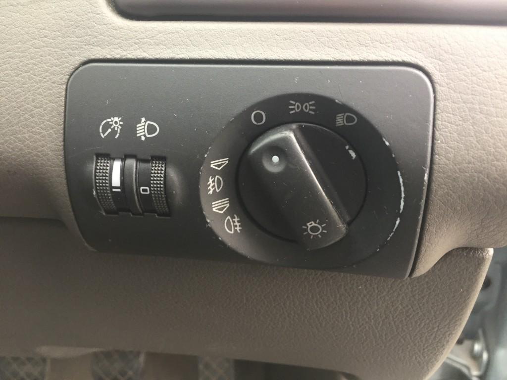AUDI A6 1.9 TDI 4DR