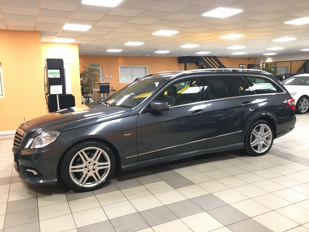 MERCEDES-BENZ E-CLASS 3.0 E350 CDI BLUEEFFICIENCY SPORT 5DR AUTOMATIC