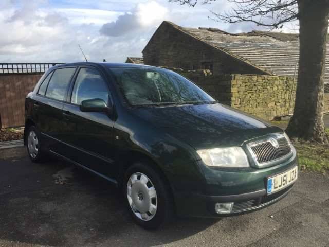 Used SKODA FABIA 1.4 COMFORT 16V 5DR AUTOMATIC in West Yorkshire