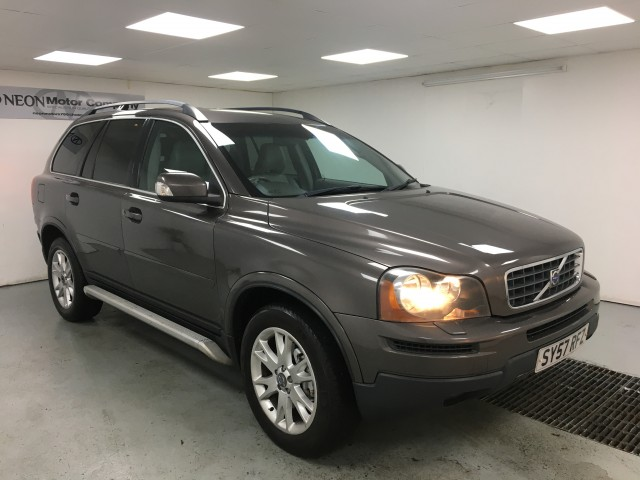Used VOLVO XC90 2.4 D5 SE 5DR AUTOMATIC in West Yorkshire