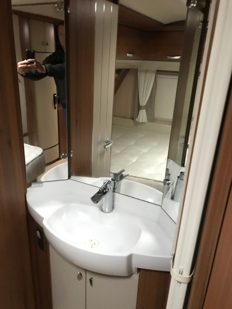 HOBBY 700 premium with isabella awning For Sale in ...