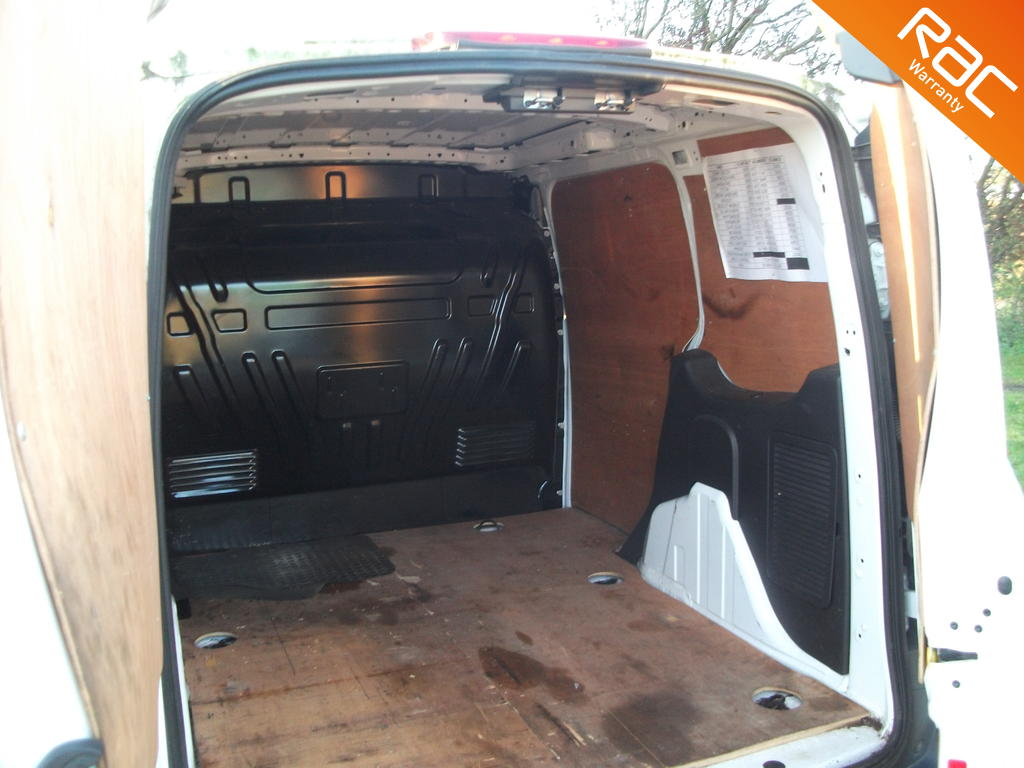 FORD TRANSIT CONNECT DIESEL PANEL VAN 1.6 220 P/V