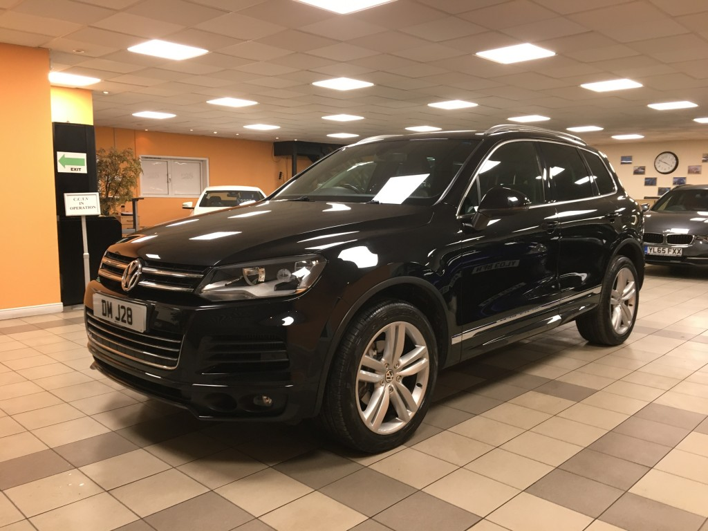 VOLKSWAGEN TOUAREG 3.0 V6 ALTITUDE TDI BLUEMOTION TECHNOLOGY 5DR AUTOMATIC