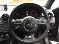 AUDI A1 2.0 TDI BLACK EDITION 3DR