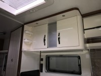 HOBBY Excellent 495 wfb  Fixed bed end bathroom