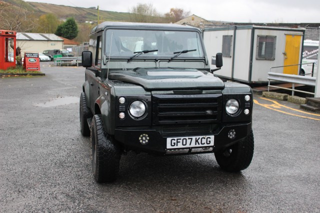 Used LAND ROVER DEFENDER 2.4 90 SWB 2DR in Lancashire