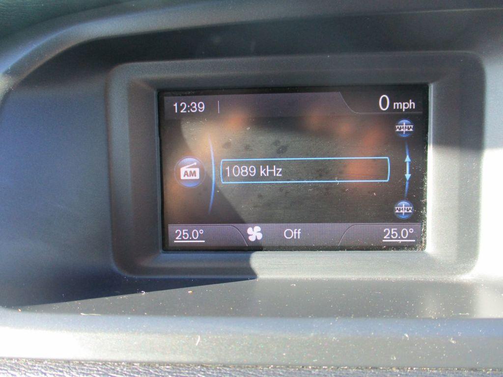 VOLVO V40 1.6 D2 R-DESIGN 5DR