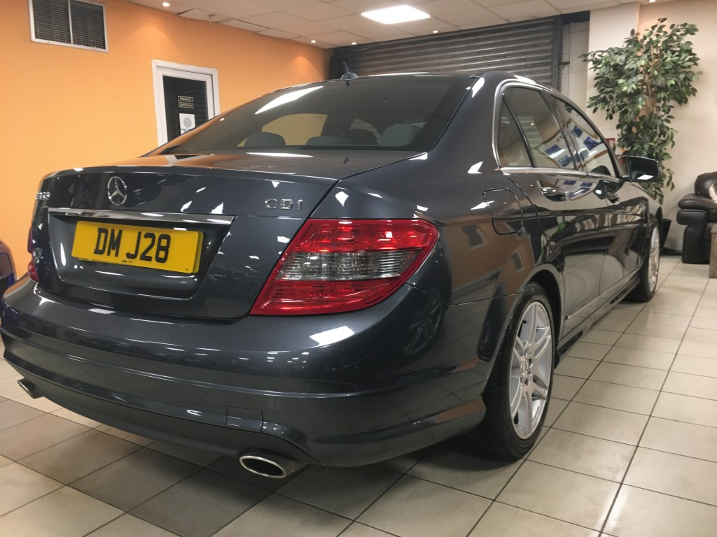 MERCEDES-BENZ C-CLASS 3.0 C350 CDI BLUEEFFICIENCY SPORT 4DR AUTOMATIC