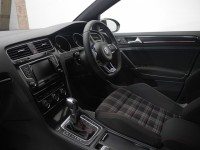 VOLKSWAGEN GOLF 2.0 GTI PERFORMANCE DSG 5DR SEMI AUTOMATIC