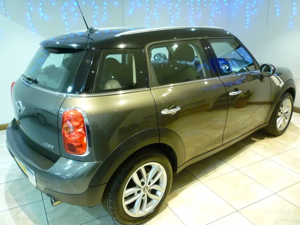 MINI COUNTRYMAN 1.6 COOPER 5DR