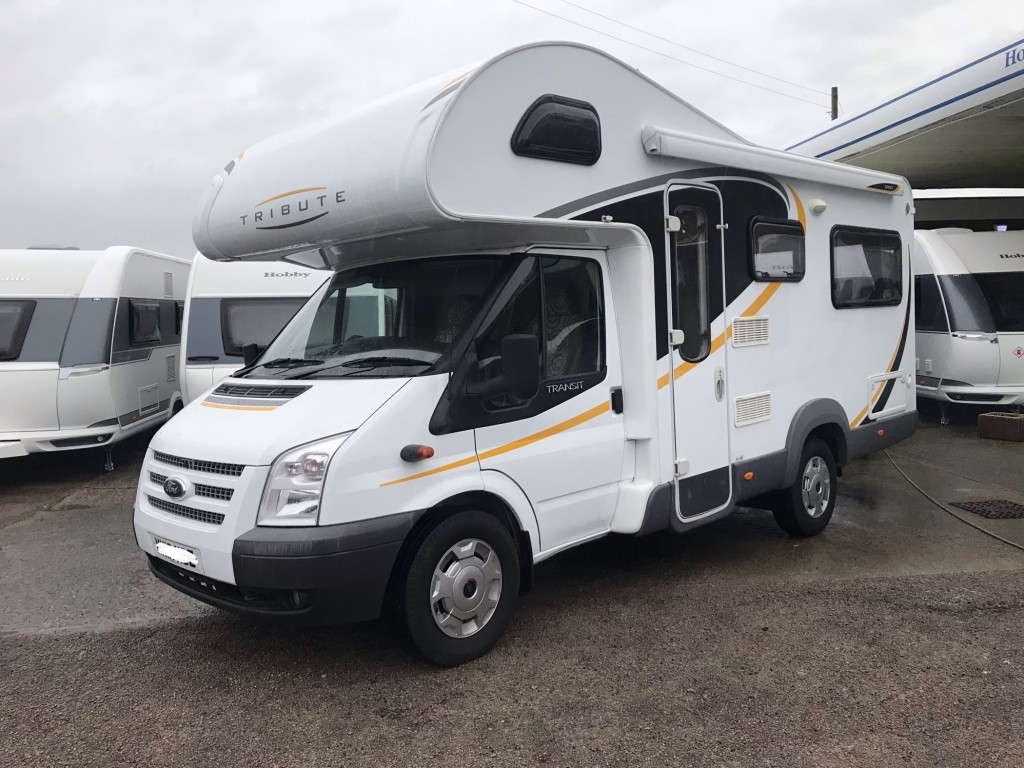 AUTO-TRAIL Tribute sport t625  4 berth end lounge