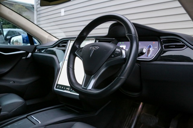 2016 (66) TESLA MODEL S 60D 5DR AUTOMATIC | <em>40,886 miles