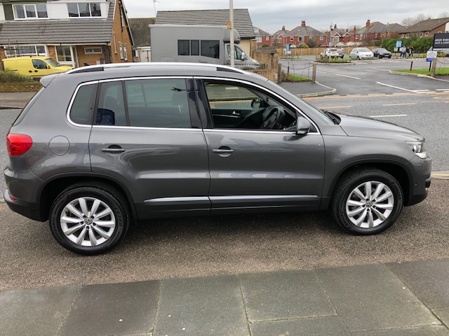 VOLKSWAGEN TIGUAN 2.0 MATCH TDI BLUEMOTION TECHNOLOGY 5DR