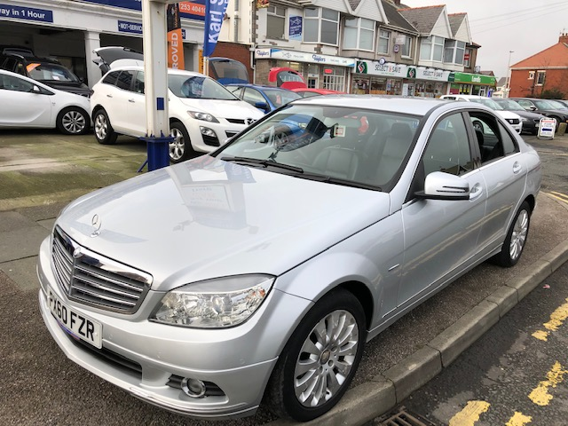 MERCEDES-BENZ C-CLASS 1.8 C180 CGI BLUEEFFICIENCY ELEGANCE 4DR AUTOMATIC