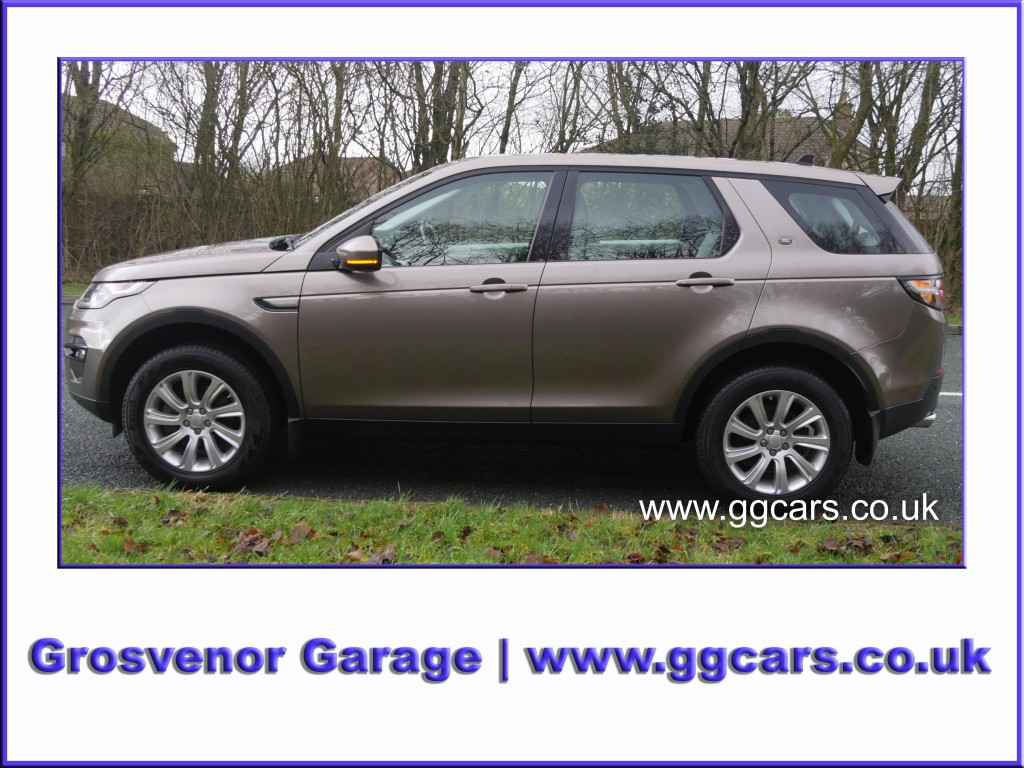 LAND ROVER DISCOVERY SPORT 2.0 TD4 SE TECH 5DR
