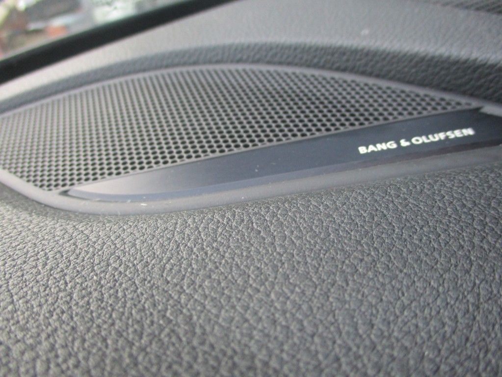 AUDI A4 2.0 AVANT TDI S LINE 5DR AUTOMATIC