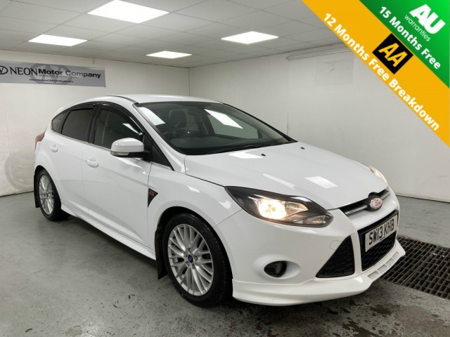 Used FORD FOCUS 1.6 ZETEC S TDCI 5DR in West Yorkshire