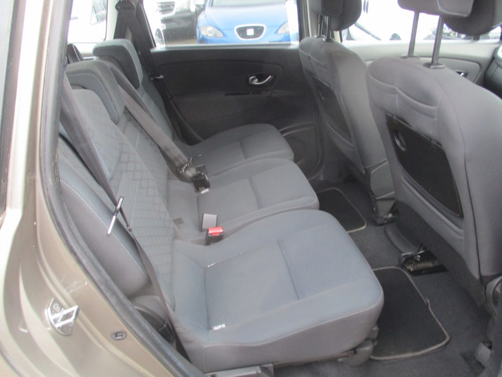 RENAULT GRAND SCENIC 1.5 EXPRESSION DCI 5DR