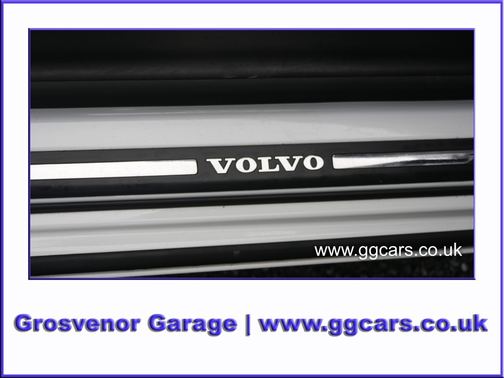 VOLVO V60 2.0 T4 BUSINESS EDITION 5DR