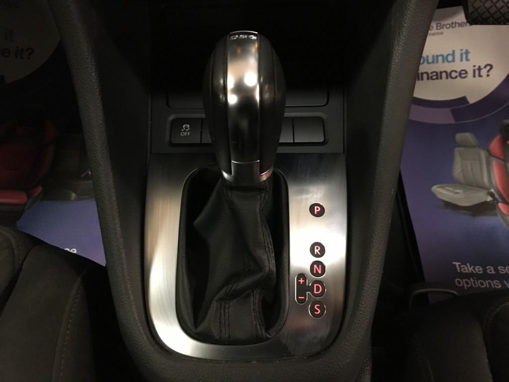 VOLKSWAGEN GOLF 2.0 GT TDI DSG 5DR SEMI AUTOMATIC