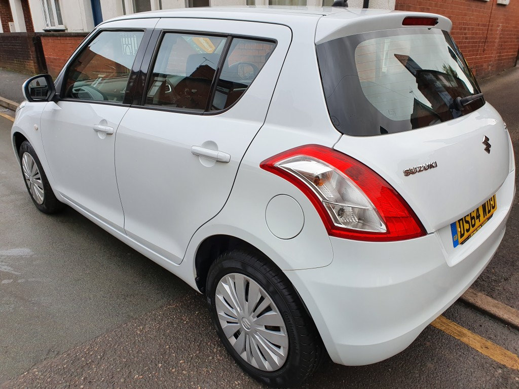 SUZUKI SWIFT 1.2 SZ2 5DR £30.00 TAX - ONLY 10798 MILES - 1 OWNER