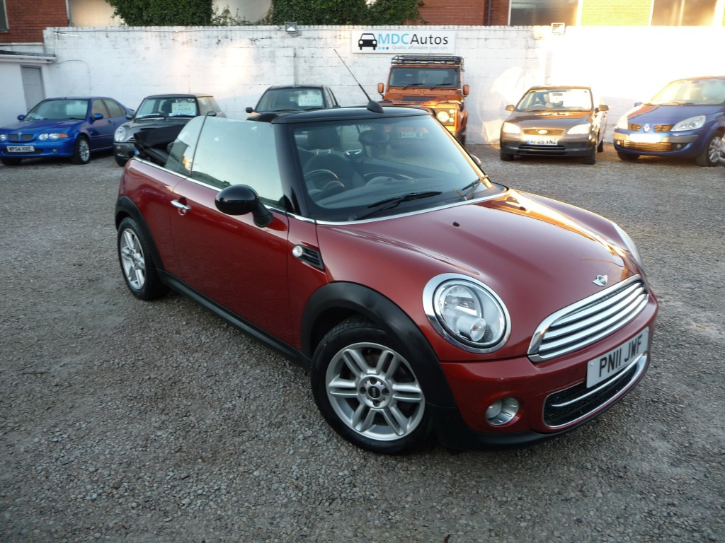MINI CONVERTIBLE 1.6 COOPER D 2DR