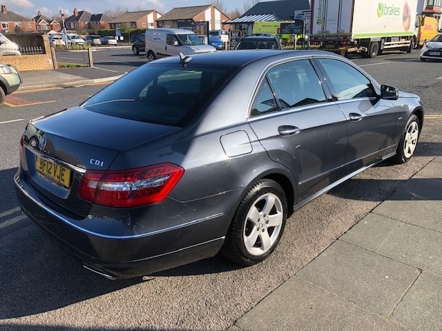 MERCEDES-BENZ E CLASS 2.1 E220 CDI BLUEEFFICIENCY EXECUTIVE SE 4DR AUTOMATIC