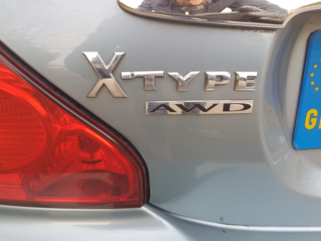 JAGUAR X-TYPE V6 SE 2.5 V6 SE 4DR