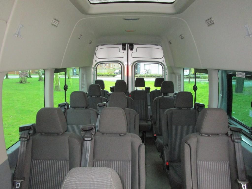 FORD TRANSIT TREND 17 SEATER MINIBUS 460 EURO 6 (22,000 MILES) - A/C - CRUSIE CON