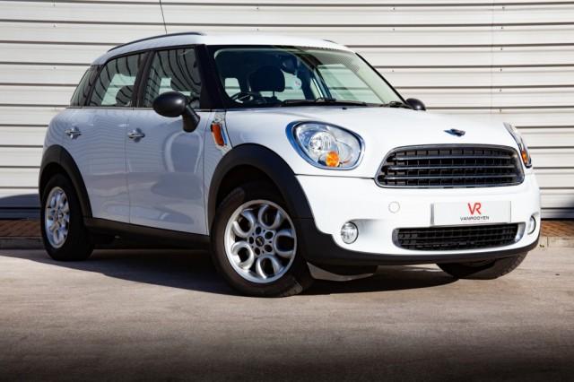 2012 (61) MINI COUNTRYMAN 1.6 ONE 5DR AUTOMATIC | <em>56,000 miles