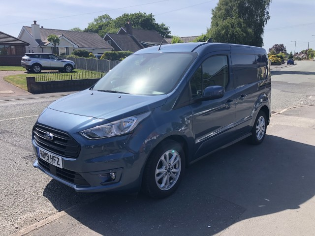 2019 (19) FORD TRANSIT CONNECT 1.5 200 LIMITED TDCI