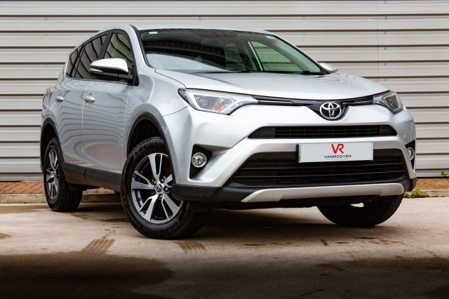 2016 (16) TOYOTA RAV4 2.0 D-4D BUSINESS EDITION 5DR | <em>50,025 miles