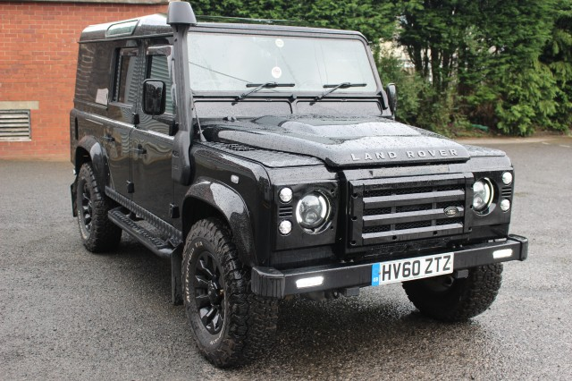 Used LAND ROVER DEFENDER 2.4 110 TD XS UTILITY WAGON in Lancashire