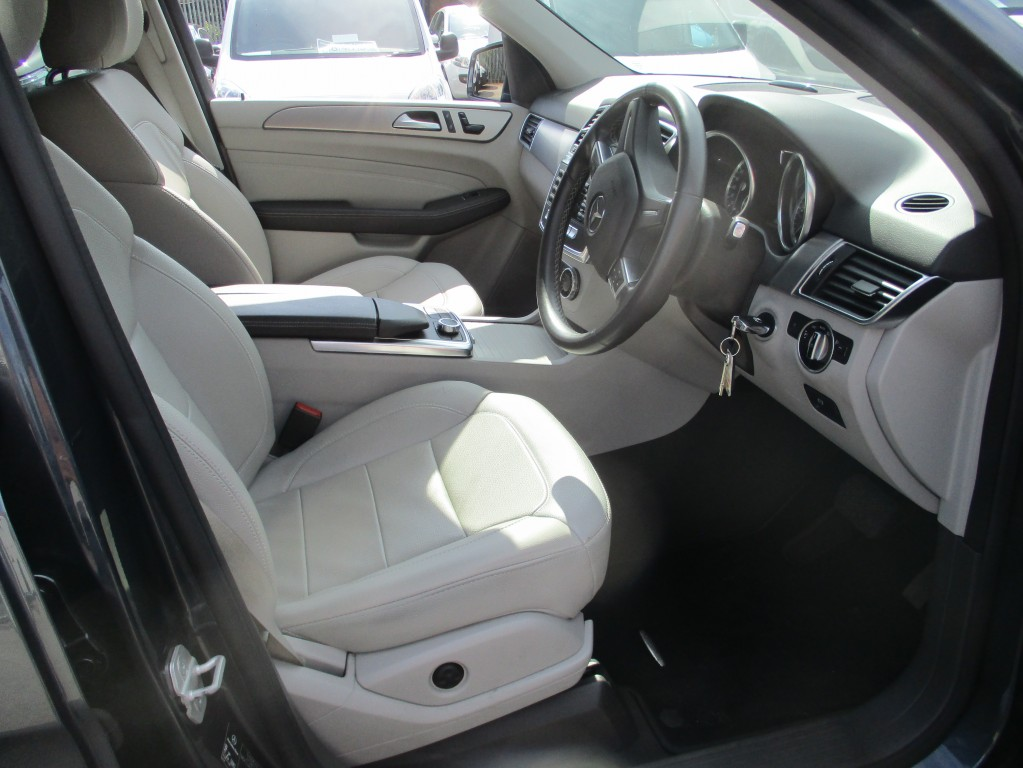 MERCEDES-BENZ M CLASS 2.1 ML250 BLUETEC SE 5DR AUTOMATIC