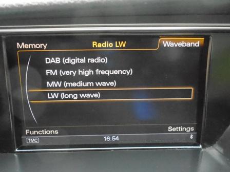 AUDI A4 2.0 AVANT TDI ULTRA SE TECHNIK 5DR
