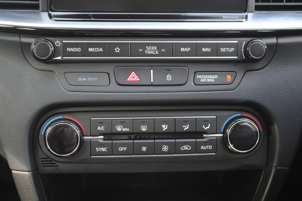 KIA CEED CRDI 3 ISG 1.6 CRDI 3 ISG 5DR SEMI AUTOMATIC