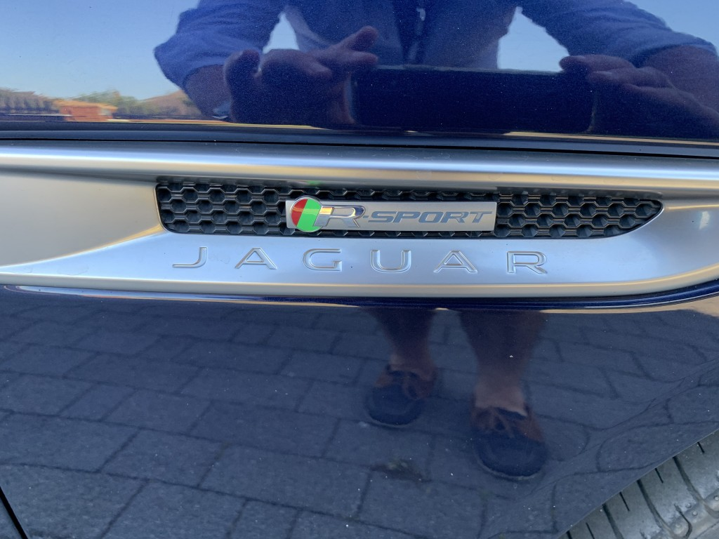 JAGUAR XE 2.0 GTDI R-SPORT 4DR AUTOMATIC