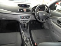 RENAULT MEGANE 1.6 BIZU EDITION 5 DOOR HATCHBACK 2011 BLACK PETROL FSH AIR CONDITIONING