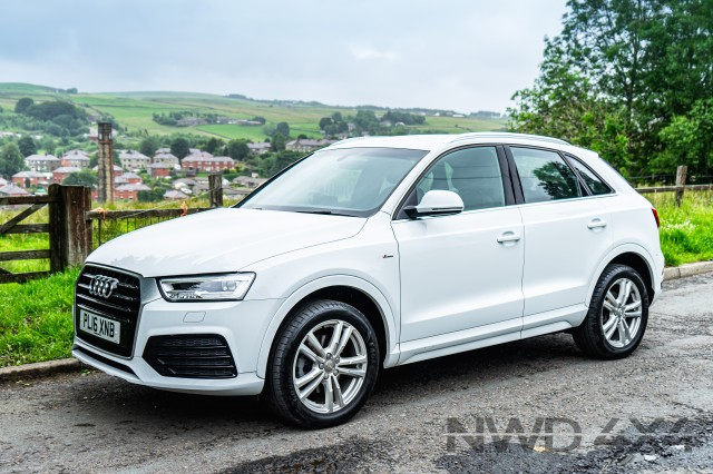 Used AUDI Q3 2.0 TDI S LINE NAVIGATION 5DR in Lancashire