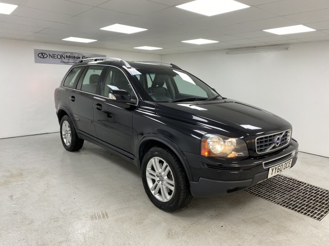 Used VOLVO XC90 2.4 D5 SE AWD 5DR AUTOMATIC in West Yorkshire