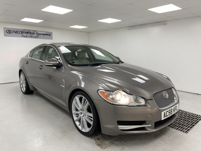 Used JAGUAR XF 3.0 V6 PORTFOLIO 4DR AUTOMATIC in West Yorkshire