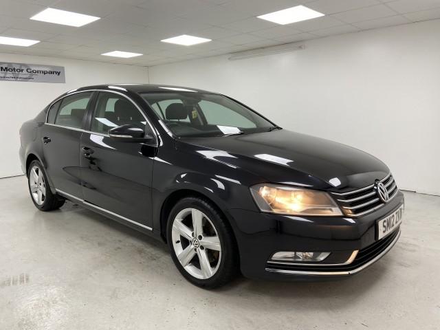 Used VOLKSWAGEN PASSAT 2.0 SE TDI BLUEMOTION TECHNOLOGY 4DR in West Yorkshire
