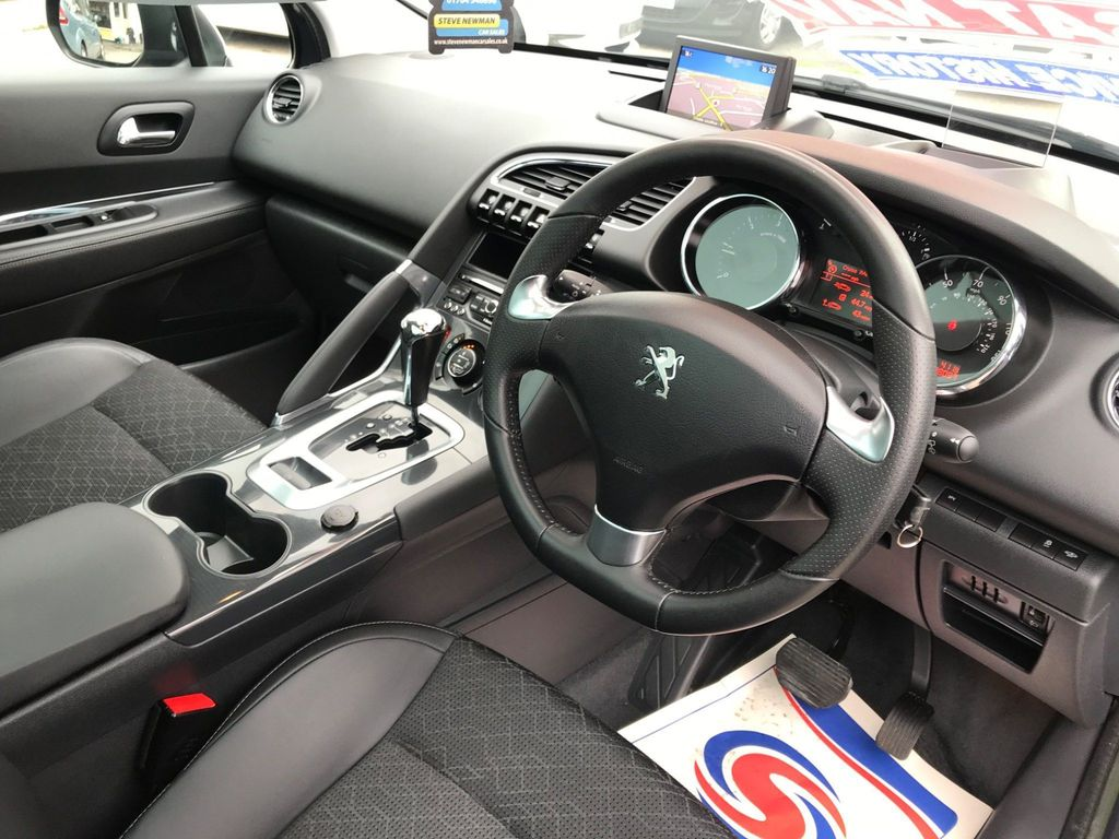 PEUGEOT 3008 2.0 HDI ALLURE 5DR AUTOMATIC