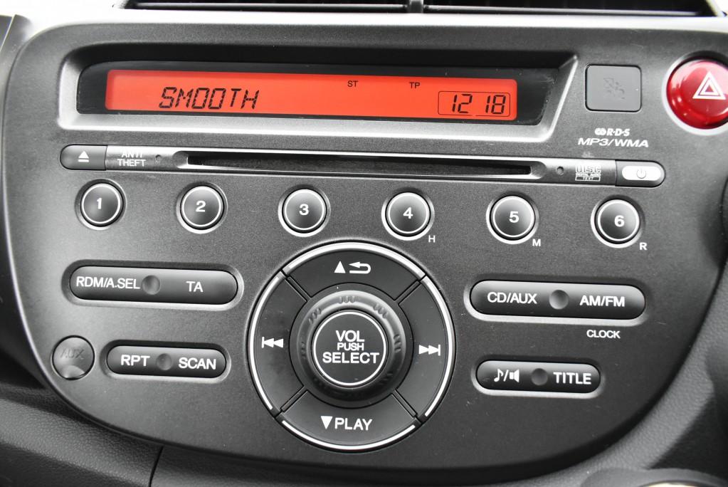 HONDA JAZZ 1.3 I-VTEC ES PLUS 5DR