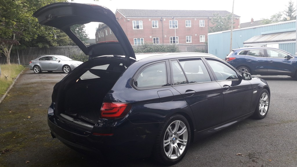 BMW 5 SERIES 2.0 520D M SPORT TOURING 5DR