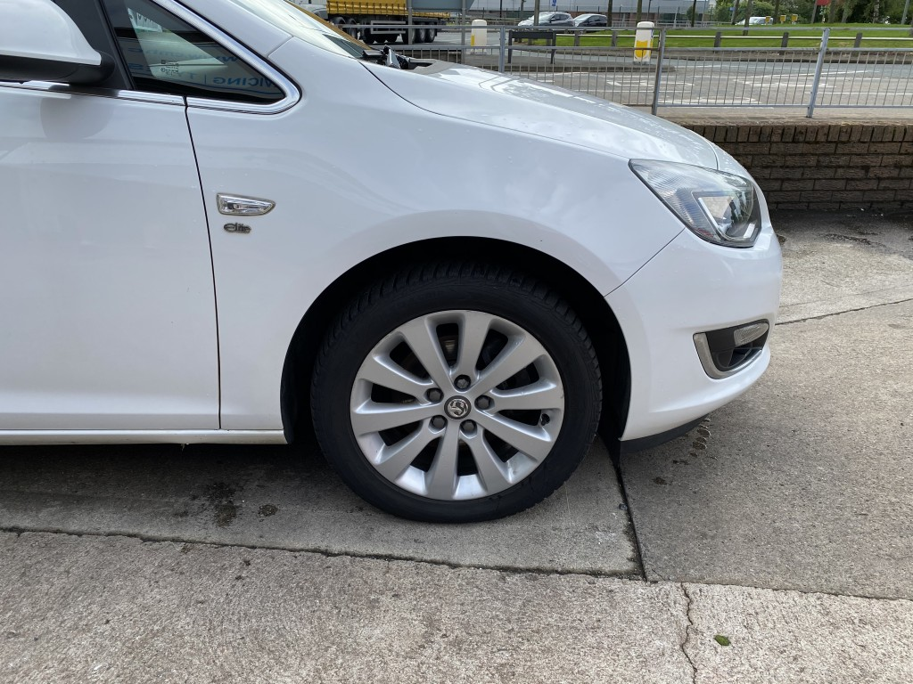 VAUXHALL ASTRA 2.0 ELITE CDTI 5DR AUTOMATIC