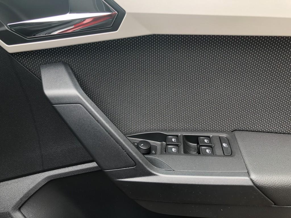 SEAT ARONA 1.0 TSI XCELLENCE 5DR