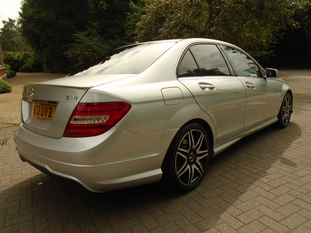MERCEDES-BENZ C CLASS 2.1 C220 CDI BLUEEFFICIENCY AMG SPORT PLUS 4DR AUTOMATIC